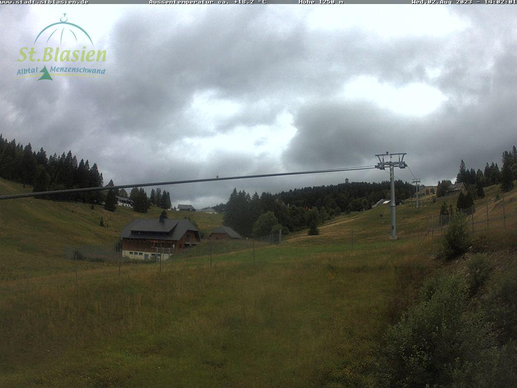 Feldberg - Menzenschwander Hütte - Blick auf den Zeiger Skihang